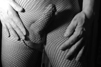 Fishnet - Touching